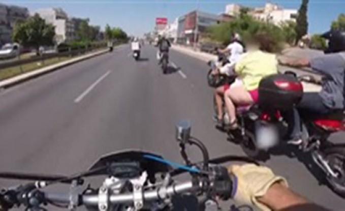 بالفيديو : نهاية مروعة لفتاة تستقل دراجة نارية خلف صديقها