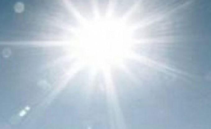 الأحد : أجواء حارة نسبيا وأمطار رعدية متفرقة
