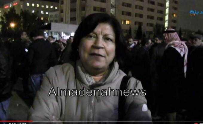بالفيديو : لماذا خرجت عبلة ابو علبة والاحزاب في اعتصام الخميس بمحيط الرابع ؟