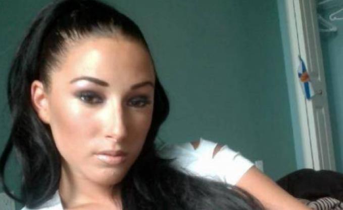 بالصور – شاهدوا كيف أصبح وجه امرأة أنفقت 88 ألف دولار على عمليات التجميل