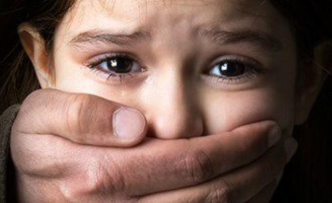 في بلد عربي ... العناية الإلهية تنقذ طفلة 4 سنوات من الاغتصاب على يد سائق