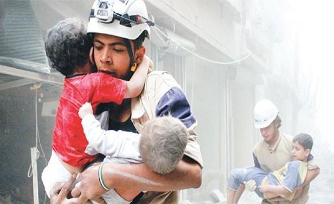 معاريف : الجيش الاسرائيلي نقل اصحاب الخوذ البيضاء للجولان قبل دخولهم الاردن