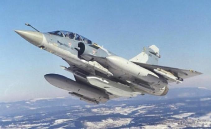"""3 طائرات فرنسية اضافية للاردن لمقاتلة """" داعش """""""