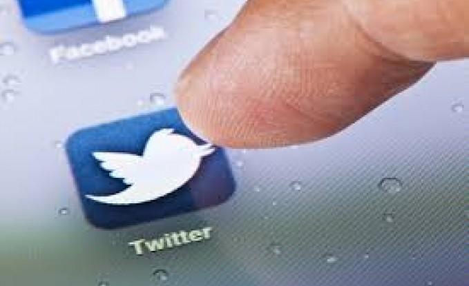 """الاردن : ربع مليون شخص يستخدمون """"  تويتر """" شهريا"""