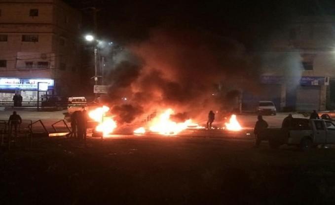 صور : اعمال شغب في عجلون