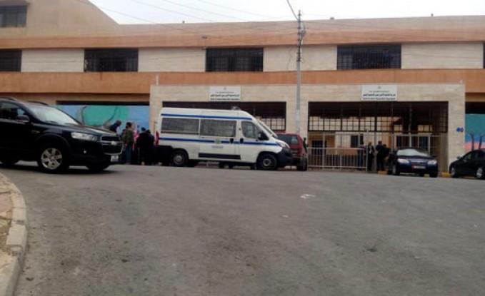 ماركا : مجهولون يقتحمون مدرسة بالسيوف والاسلحة