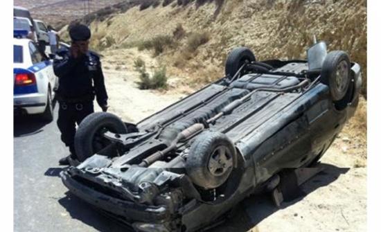 إصابات اثر حادث تدهور على الطريق الصحراوي