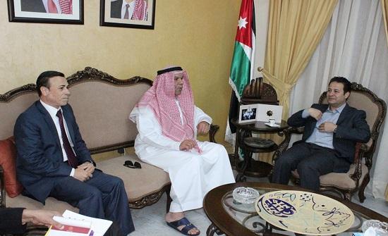 وزير الثقافة يلتقي وفد الهيئة العربية للمسرح