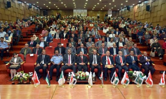 """افتتاح مؤتمر """"حوار الحضارات والثقافات – الإرهاب آفة العصر"""" الدولي في الطفيلة التقنية"""