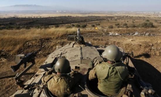 الاحتلال يقصف مواقع في سورية ردا على سقوط قذائف بالجولان