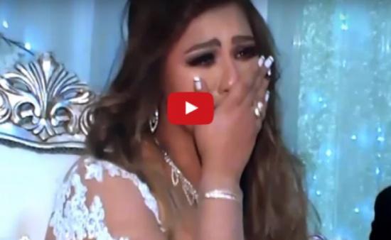 فيديو| انهيار عروس من البكاء ليلة الزفاف بسبب ما فعله إخوتها!