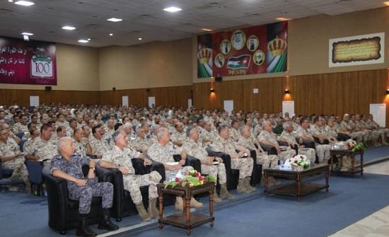 اللواء الحنيطي يلتقي عددا من القادة العسكريين