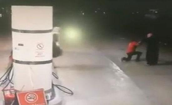 فيديو : سطو مسلح على محطة وقود في السعودية