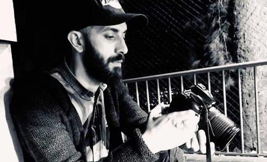 """المصور غرايبة يهاتف عائلته من سجن """"عدرا"""" السوري"""