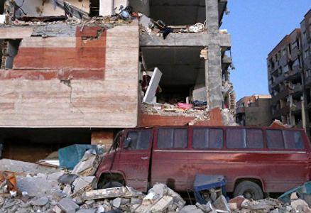 إيران: التعازي والتعاطف مع المنكوبين بالزلزال ومناشدة الشباب لمساعدتهم