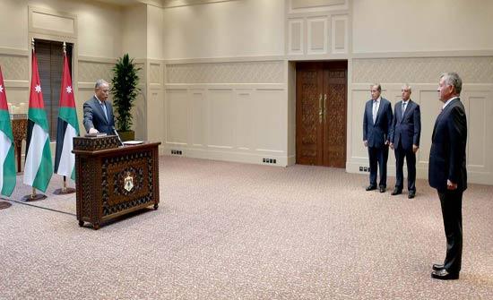 العبابنة يؤدي اليمين القانونية أمام الملك، رئيسا للمحكمة الإدارية العليا