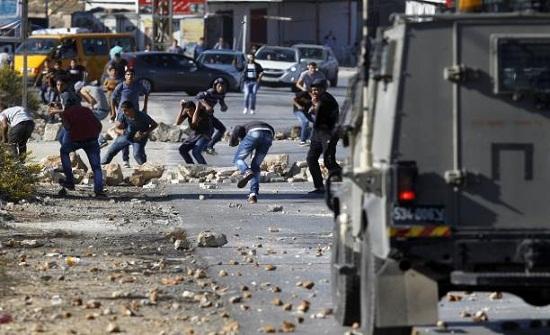 إصابة أكثر من 100 فلسطيني خلال مواجهات مع الاحتلال في الضفة