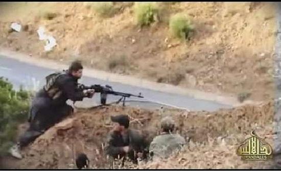 كشف وتدمير سبعة مخابئ للإرهابيين بالجزائر