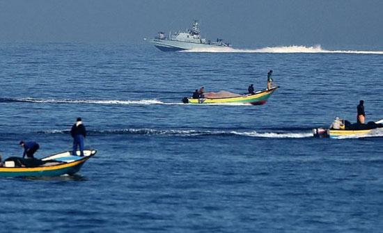 الاحتلال الإسرائيلي يزيد مساحة صيادي غزة