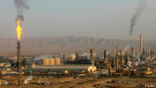 العراق يعلن سيطرته على 100 بئر نفطية في حقول جنوب الموصل