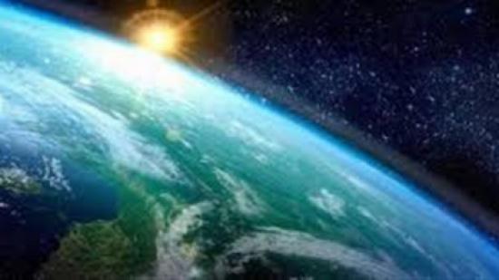 بالصور.. سكان الأرض يشهدون ظاهرة كونية نادرة الحدوث
