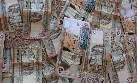 الأمن يحبط محاولة احتيال بمبلغ مليون و400 الف دينار