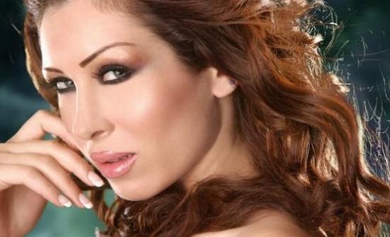 مشاجرة مع نجمة لبنانية على الهواء ما علاقة زوجها  - فيديو