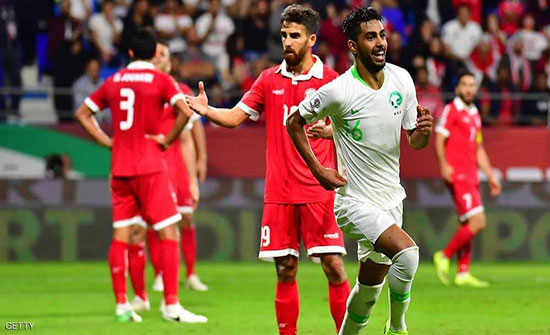 شاهد : كأس آسيا.. السعودية تعبر لبنان إلى دور الـ16