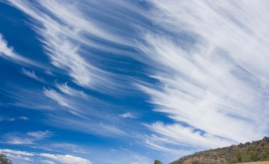 الأربعاء : طقس مستقر مع تفرق للغيوم العالية في سماء المملكة