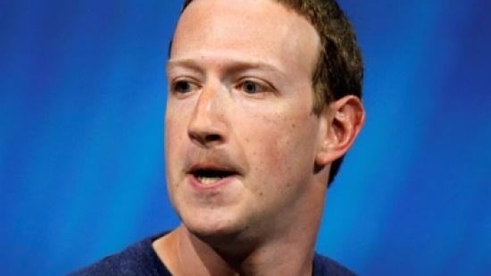 فيسبوك سيفقد مكانته كأكبر موقع في العالم.. ويوتيوب يتفوق