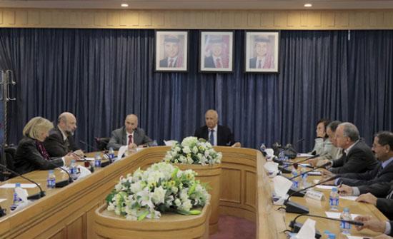 تربوية الاعيان تلتقي وزير التربية والتعليم