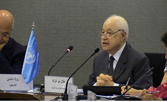 """أبوغزاله: """"العالم المعرفي يأتي بالرفاه والازدهار الاقتصادي"""""""