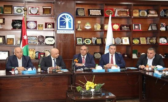 الإتفاق على تعزيز التعاون بين الأمانة وغرفة تجارة عمان لخدمة المدينة والقطاع التجاري