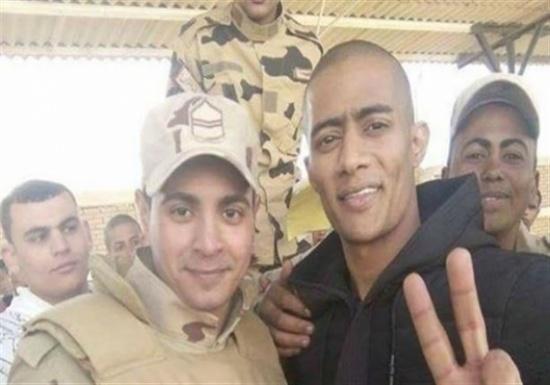 المدينة نيوز  أسلحة الفنانين في الجيش.. محمد رمضان يلتحق بالصاعقة بعد فترة التدريب