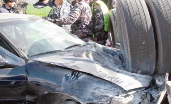 حادث تصادم بين قلاب و 7 مركبات في العقبة