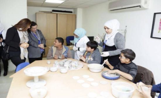 الأميرة سناء عاصم تفتتح أكاديمية الابداع الفني في مركز زها الثقافي
