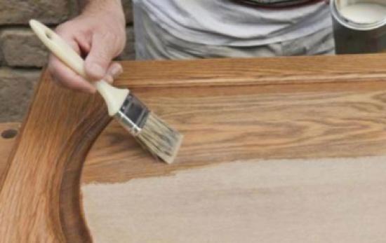 ورشة عمل حول تطورات دهانات الخشب والاثاث