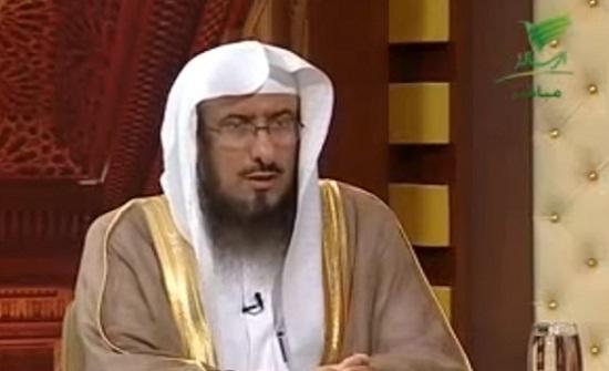 فيديو : هل يجب على المرأة خدمة أهل زوجها .. الداعية يجيب ؟؟