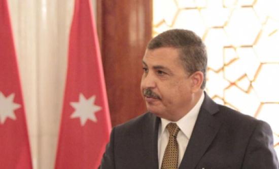 وزير العمل يبحث مع السفير المصري اوضاع العمالة الوافدة