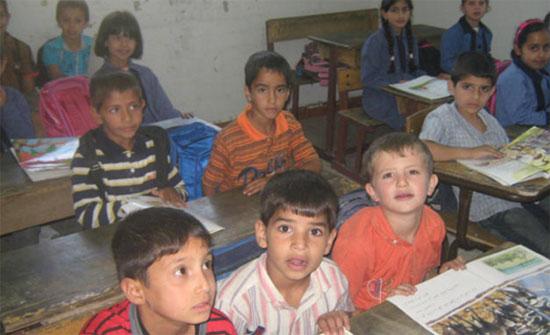 """مواطن يتبرع بمنزله لـ""""مدرسة"""" بالاغوار الجنوبية"""