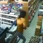 شاهد: كيف أخفت هذه الفتاة المسروقات أسفل ملابسها