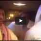 """بالفيديو: مزاح """"ثقيل"""" في سيارة ينتهي بحادث مفاجئ"""