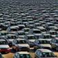مطالب باستثناء مركبات المنطقة الحرة المستعملة من قرار رفع الضرائب