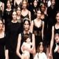 """بالصور.. دار """"دولتشي أند غابانا"""" تحتفل بالأمهات"""