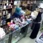 بالفيديو : 3 فتيات يسرقن محلا في الكرك