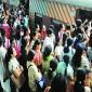 فيديو:أغرب طريقة لركوب القطارات في الهند