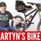 شاهد: مشلول يقود دراجة هوائية ببراعة