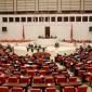 البرلمان التركي ينتخب مرشح حزب العدالة والتنمية رئيسا له