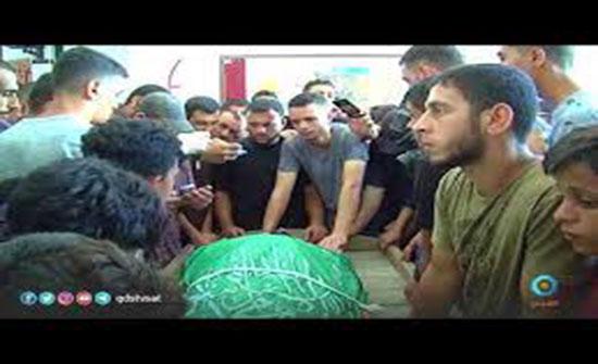 فيديو : غزة تشيع شهداءها بمسيرات حاشدة