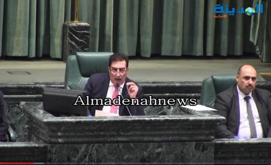 شاهد بالفيديو  : هكذا أعاد النواب الثقة بحكومة الملقي